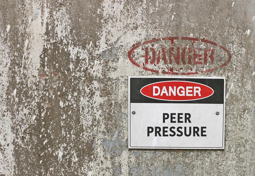 Heeader - Peer Pressure - Beachside